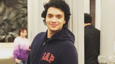 Bollywood will now see the entry of son of this superstar; will become a 'Bad Boy' in his first film!
