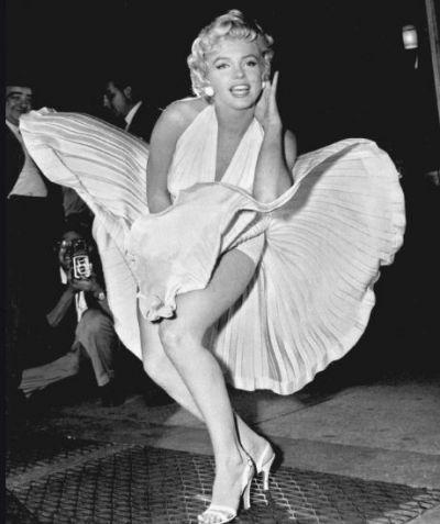 निधन के 57 साल बाद वायरल हो रही इस फेमस हॉलीवुड एक्ट्रेस की Unseen तस्वीर