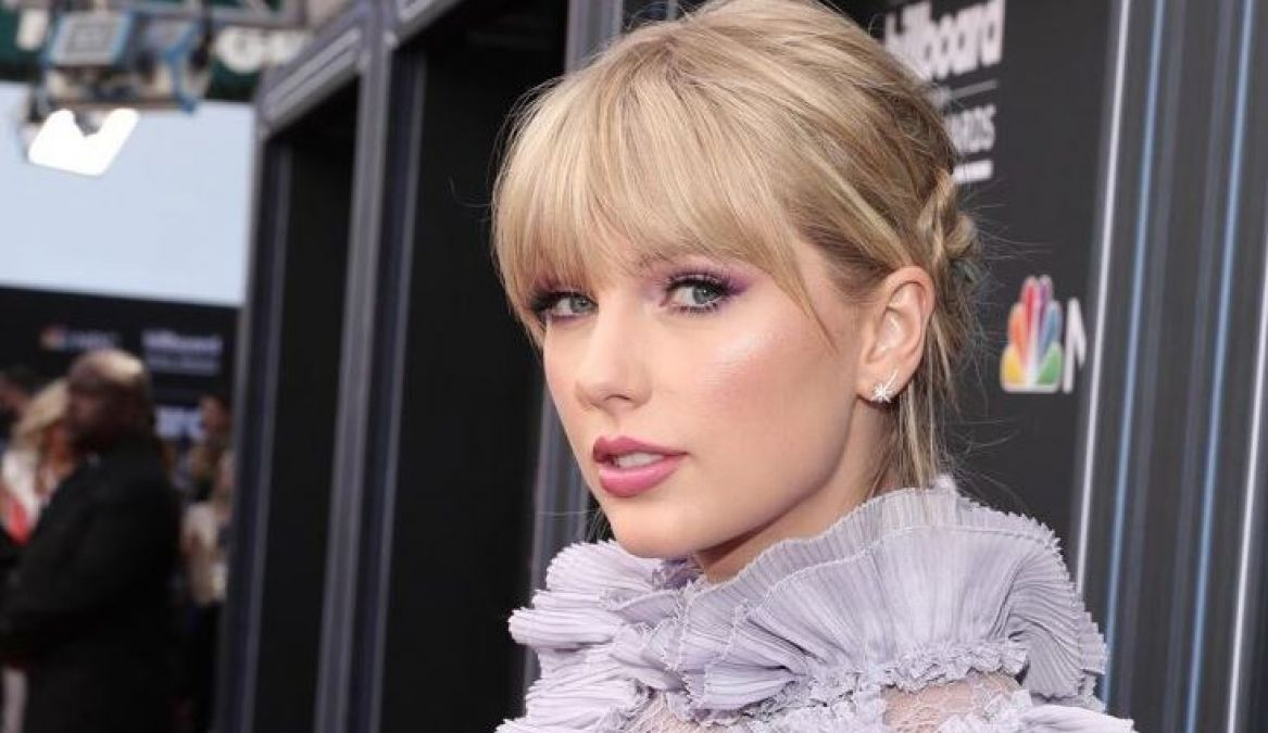 Taylor Swift Created History by becoming the World's Highest Earning Celebrity