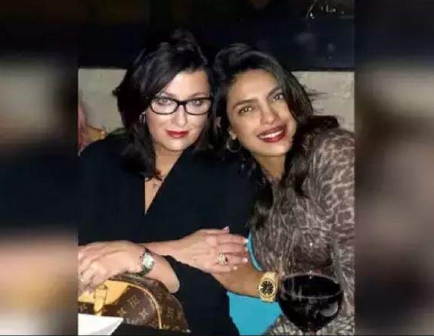 Nicks Mother Wishes Birthday, Priyanka Shared Exclusive