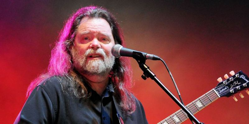 Shadow mourners in the music world with the death of veteran singer Roky