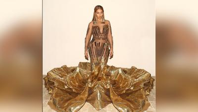 हॉट सिंगर Beyonce ने जलपरी बनकर इंस्टाग्राम पर शेयर की तस्वीर