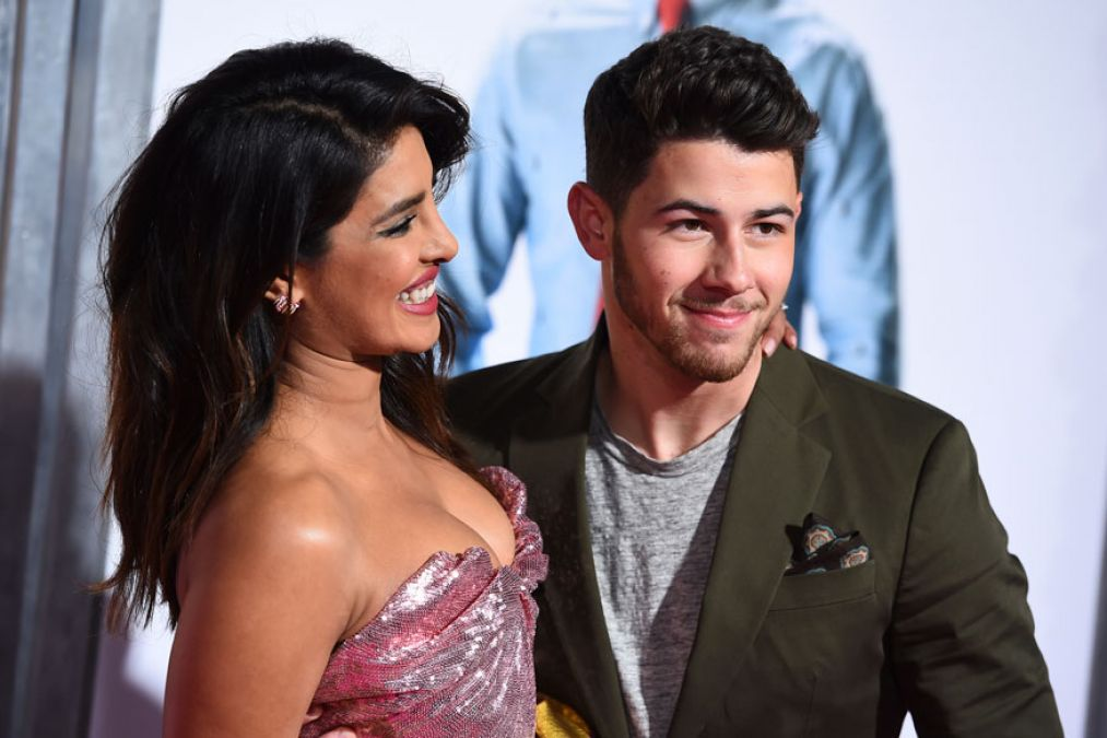Nick Jonas reveals his favourite Bollywood songs; read