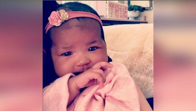 Khloe Kardashian ने शेयर की अपनी बेटी की लेटेस्ट तस्वीरें