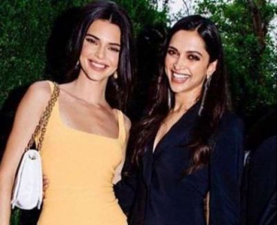 Deepika's photo with this Hollywood celebrity went viral on social media!