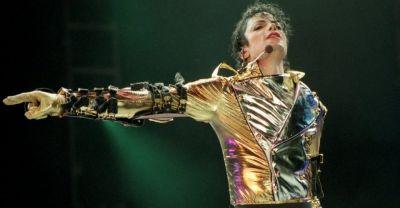 मौत के एक दशक बाद माइकल जैक्सन ने गाया गाना