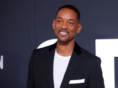 Lockdown worsens Will Smith's plight, shares photo