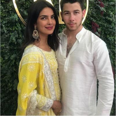 सब्यासाची नहीं बल्कि ये डिजाइनर तैयार करेंगे प्रियंका की शादी का लहंगा