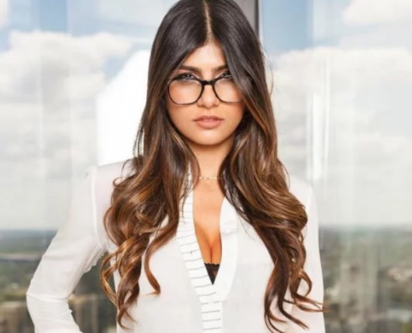Mia Khalifa dances on 'Gadi wala aaya Kachara Nikal', check out picture here
