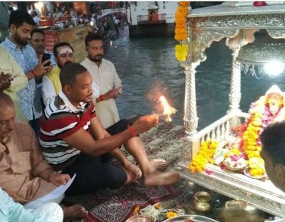 Will Smith has great reverence in Hindu philosophy, has worshiped Mahadev and Ganga in Haridwar