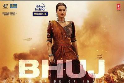 Sonakshi looked ravishing in the poster of Bhuj