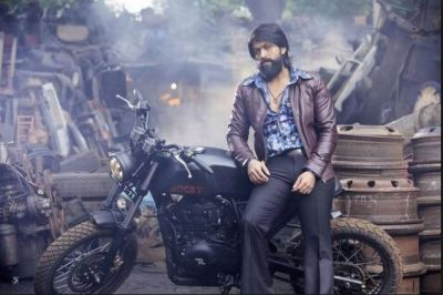 KGF2's new poster is Bombastic, a big reveal on July 29!