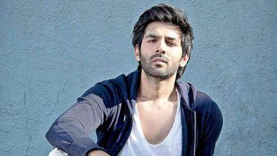 Kartik Aaryan asks on live chat, 'Should I trim beard or not?', Deepika gives this answer