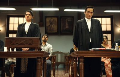 Movie Review: Section 375 is based on a sensitive subject, will tell the truth of the court