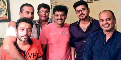 Thalapathy Vijay celebrated Friendship Day with his friends