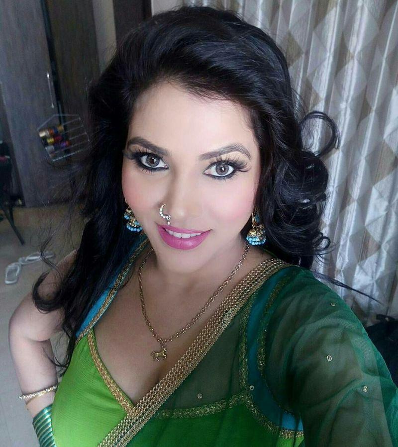 लाखों आशिकों के दिल तोड़ इस मशहूर बिजनेसमैन को सीमा सिंह ने बनाया अपना जीवनसाथी