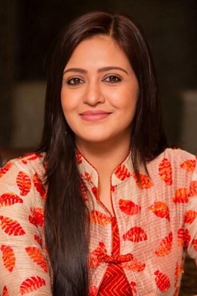 Bengali beauty Priyank Sarkar shared her beautiful pictrues