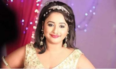 Rani Chatterjee's little fan asks her for autograph, super cute video goes viral