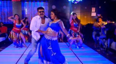 आम्रपाली के साथ मदहोश हुए पवन सिंह, वायरल वीडियो मचा रहा सनसनी