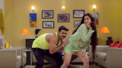 The hot dancing songs of Akshara Singh and Pawan Singh goes viral, check out video here