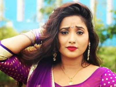 'Rani Chatterjee' sets the water on fire, check out the unmissable video here