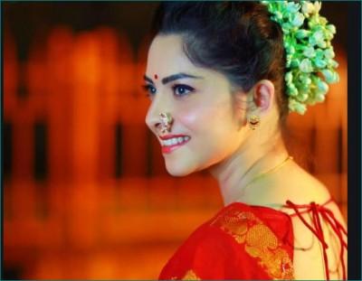 Marathi actress Sonalee Kulkarni spending quality time with fiancé