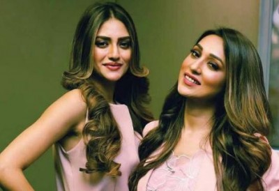 Nusrat Jahan and Mimi Chakraborty will be seen together in this Bengali film