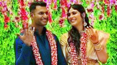 Vishal Krishna engaged to his girlfriend in secretly hush manner