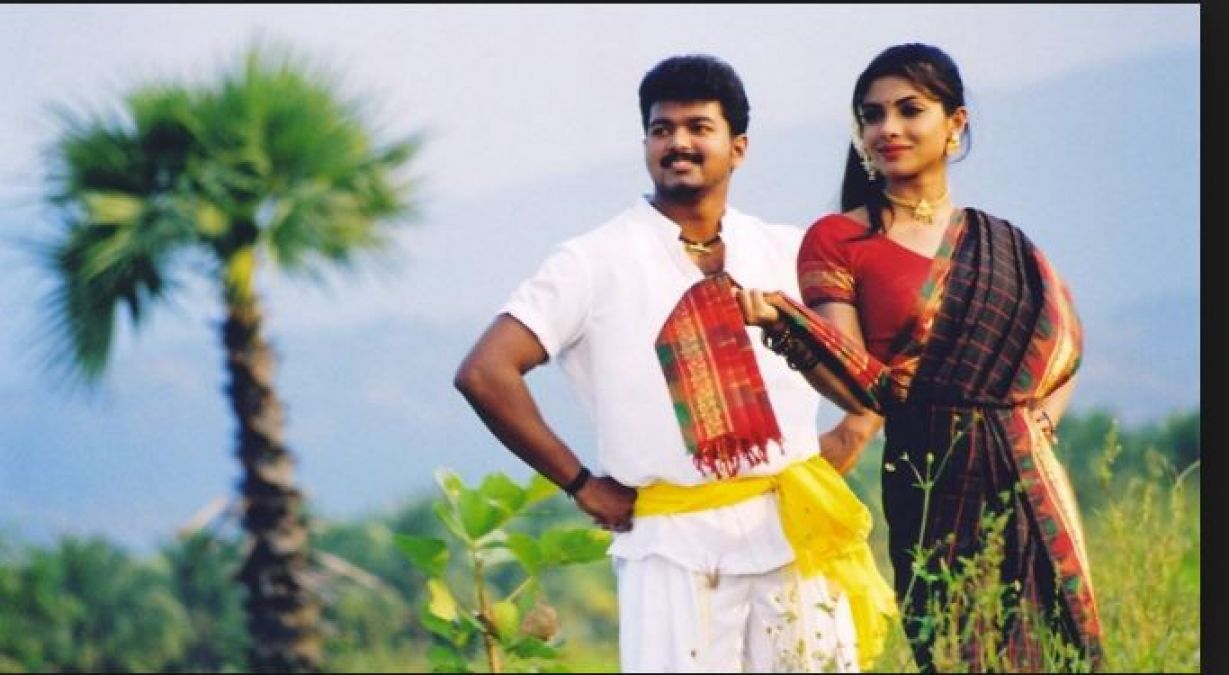 Birthday Special: This Bollywood actress started her career with Vijay Ilayathalapathy