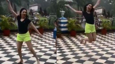 Watch the sexy rain dance of 'Bahubali' Actress Tamanna