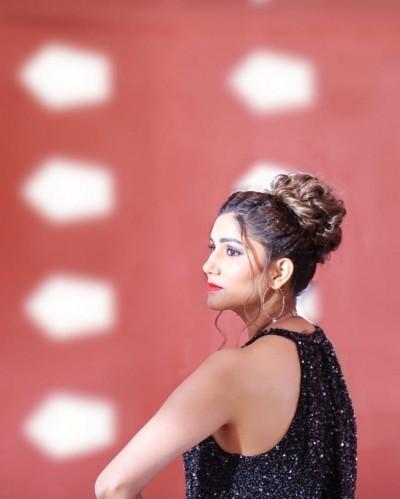 Sapna Chaudhary's stunning new desi look, video viral