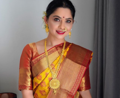 Sonalee Kulkarni shares engagement pictures on Instagram, See here