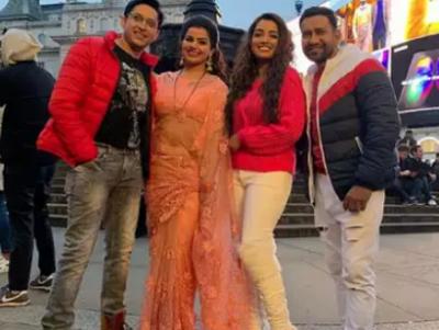 आम्रपाली दुबे ने शेयर की खूबसूरत तस्वीरे, लंदन में इस फिल्म की शूटिंग में है व्यस्त