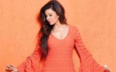 Sambhavna Seth's sexy moves made fans crazy, videos set the social media on fire!