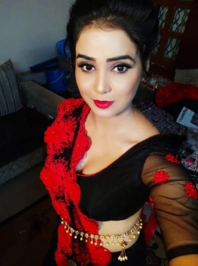 Bhojpuri actress Zoya Khan receives many big projects