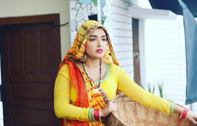 This Navratri special song by Amrapali Dubey going viral on the internet