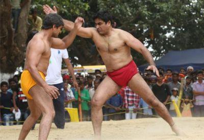 सलमान नहीं आमिर का है सुपरस्टार खेसारी की इस फिल्म से गहरा नाता