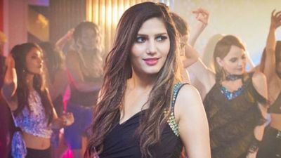 Sapna Chaudhary making people crazy with her dance, new video surfaced