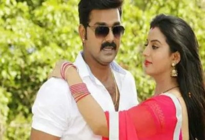 Pawan Singh and Akshara Singh's song break all record, going fiercely viral