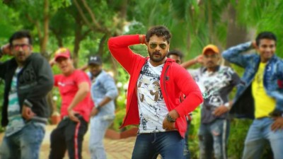 Khesari Lal Yadav's song trending on Youtube, Watch here