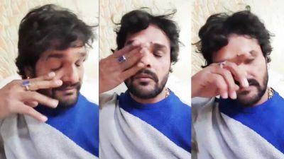 VIDEO : Facebook लाइव पर फूट-फूट कर रोया हिन्दुस्तान का सुपरस्टार, कहा-'अपने बीच बुलाकर मार दो'