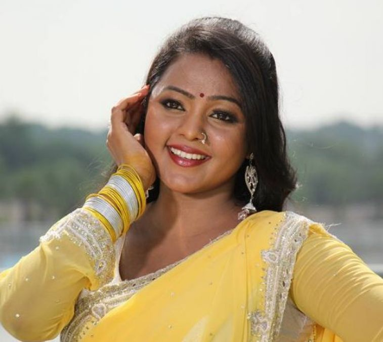 Bhojpuri star Kunal Tiwari and Kajal Yadav are shooting for their upcoming film 'Prem Qaidi'