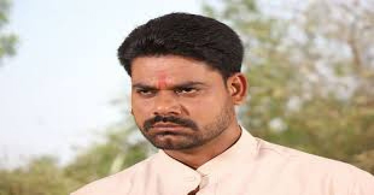 Dev Singh of Bhojpuri cinema is a well-known name, will enter Bollywood with this film