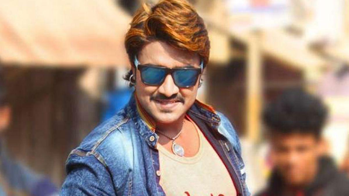 Bhojpuri film 'Nayak' houses full in theaters, audience heap praises