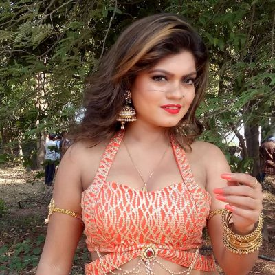 Bhojpuri actress Nisha Dubey's new song going viral, watch video here