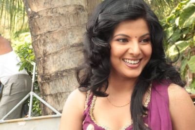 Bhojpuri cinema's bubbly actress Smriti Sinha is making a comeback with this film