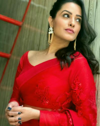 Anita Hassanandani responds to rumours saying 'actress bid goodbye to TV spread'