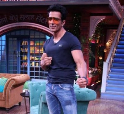 Video: Sonu Sood's bang entry on 'The Kapil Sharma Show'