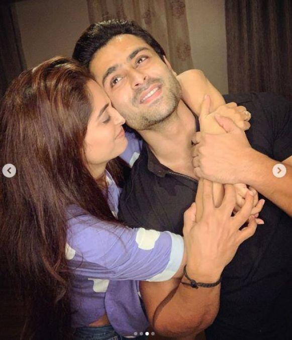 Husband Shoaib Ibrahim was seen romancing with wife Deepika on her birthday!