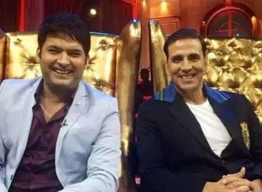 The Kapil Sharma Show: Fan's go crazy for Akshay Kumar's Entry! 1